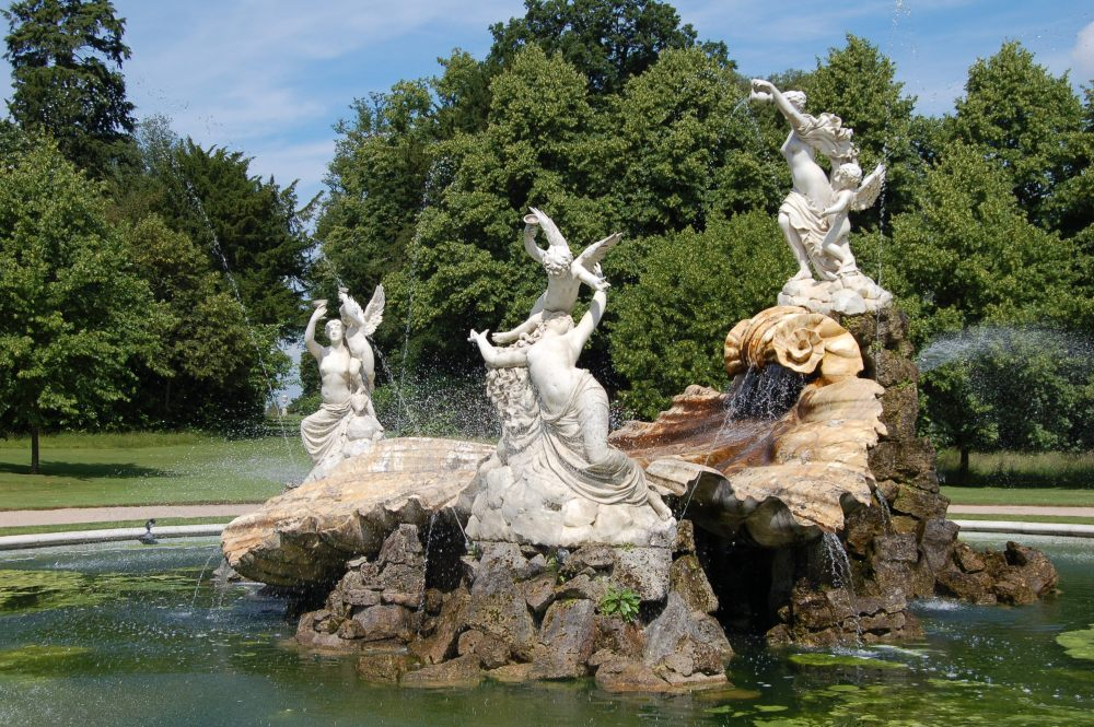Cliveden - the house and garden of Nancy Astor (1/6)