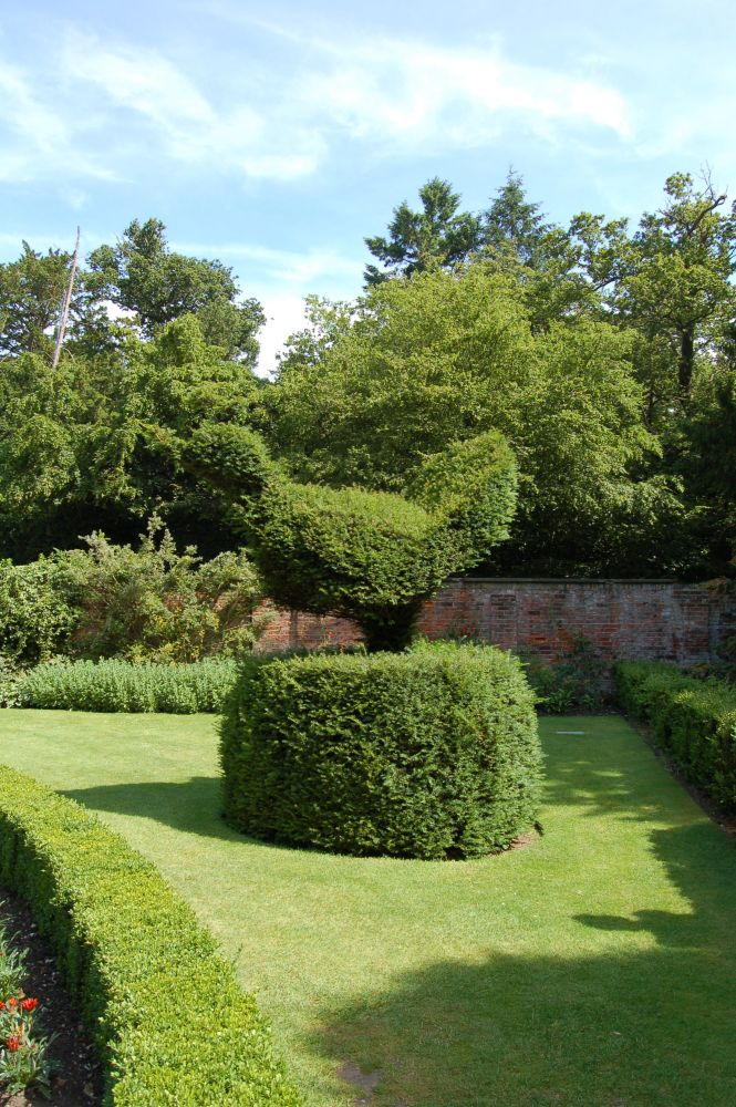 Cliveden - the house and garden of Nancy Astor (6/6)