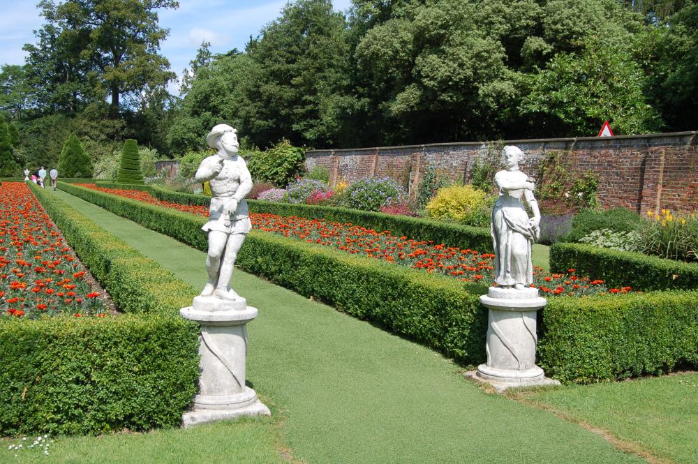 Cliveden - the house and garden of Nancy Astor (3/6)