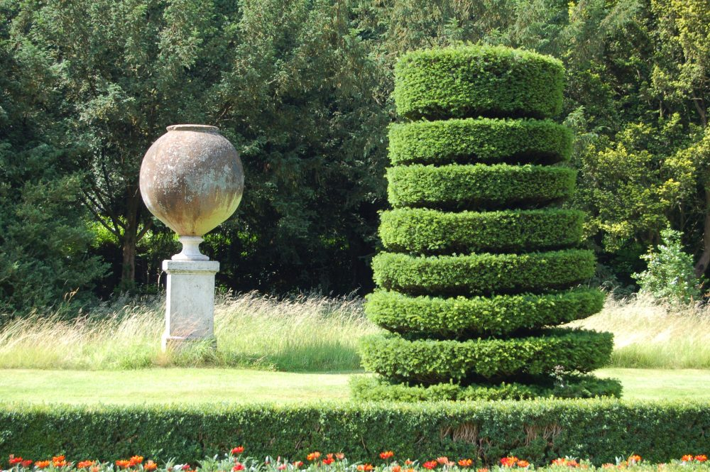 Cliveden - the house and garden of Nancy Astor (4/6)